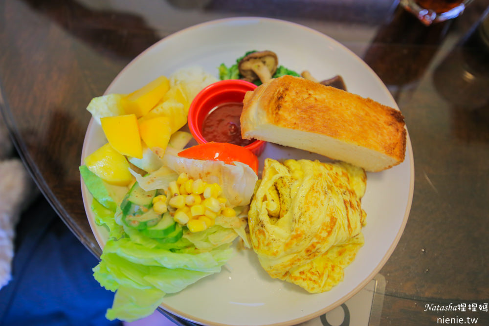 台南寵物友善咖啡廳 鹿角枝~老宅改建大份量高cp值早午餐