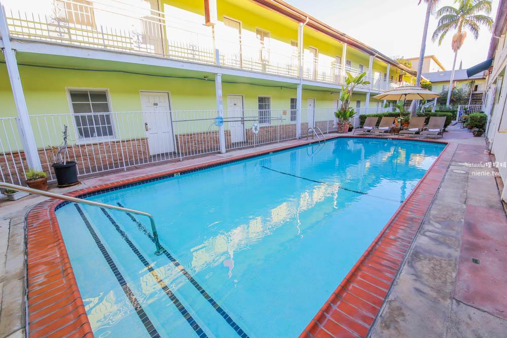 洛杉磯附車位飯店 珊瑚海灘汽車飯店Coral Sands Motel~便宜附車位