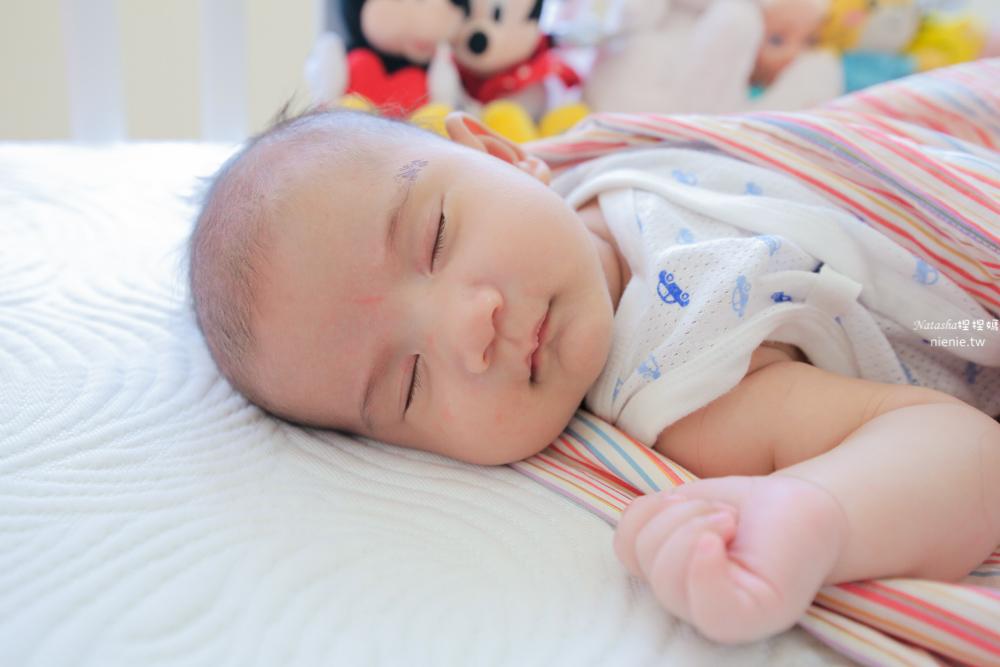 嬰兒床墊推薦│zZsleeper睡睡平安嬰兒墊 涼感透氣太空記憶棉護脊防水床墊