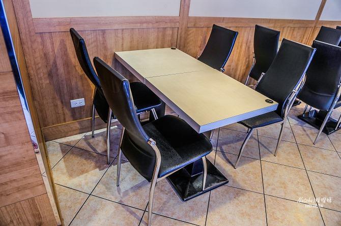 寵物友善餐廳│新北中和美食│老爺爺咖啡~上萬元高級全身按摩椅讓你喝咖啡吃美食超放鬆55