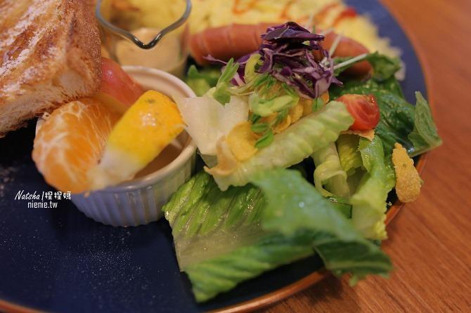 寵物餐廳│台南北區美食│肥窩咖啡~超精緻的寵物餐及可愛店狗14