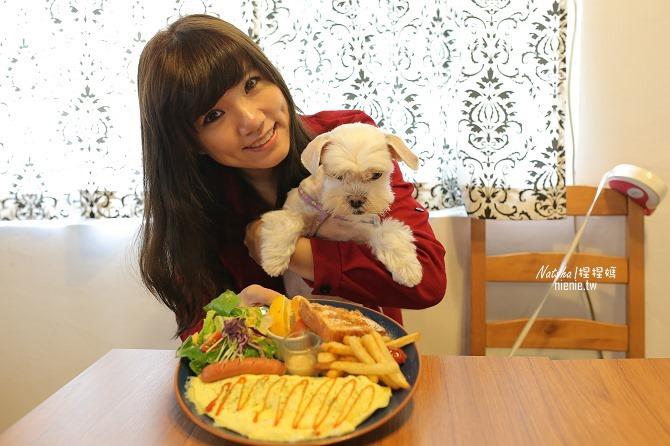 寵物餐廳│台南北區美食│肥窩咖啡~超精緻的寵物餐及可愛店狗17