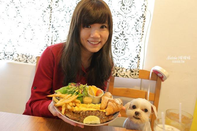 寵物餐廳│台南北區美食│肥窩咖啡~超精緻的寵物餐及可愛店狗28