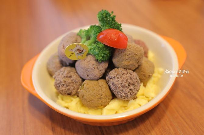 寵物餐廳│台南北區美食│肥窩咖啡~超精緻的寵物餐及可愛店狗33