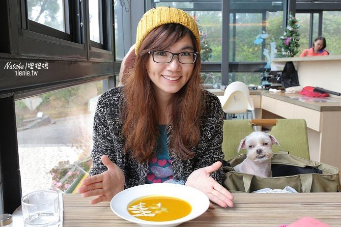 寵物友善餐廳│新竹香山美食│綠鏡景觀餐廳~景觀大道上擁有大片草皮的玻璃屋餐廳09