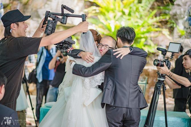 婚禮│婚錄推薦│酷碼影像製作Kuma Family Filming Team~從求婚到訂婚結婚未曾讓我後悔的超強空拍及剪接技術婚錄團隊06