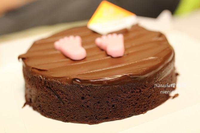 彌月蛋糕│艾立蛋糕~超高CP值的腳丫丫小熊蛋糕捲彌月蛋糕推薦43