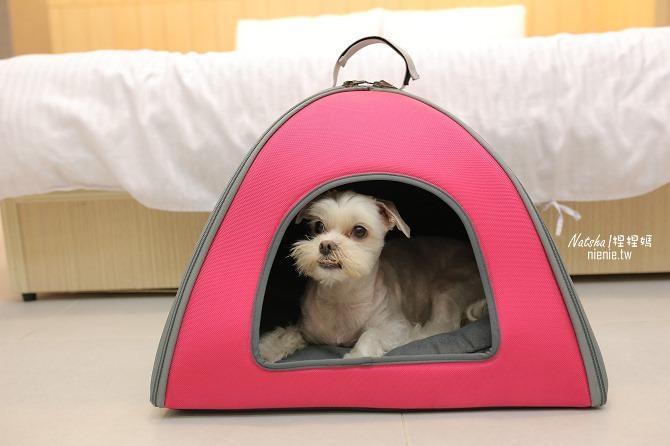 寵物外出包及寵物窩床推薦│ibiyaya~棉花糖寵物空氣包、寵物三角窩17
