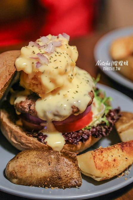 台北信義。捷運101站美食│Pond Burger Cafe~秘製漢堡的下午茶及完美早午餐