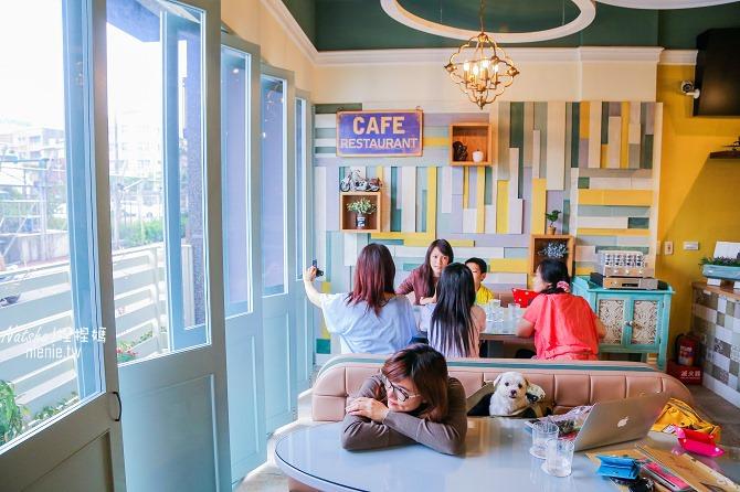 宜蘭美食│熊來了~自製手工甜點下午茶的可愛裝潢咖啡廳02